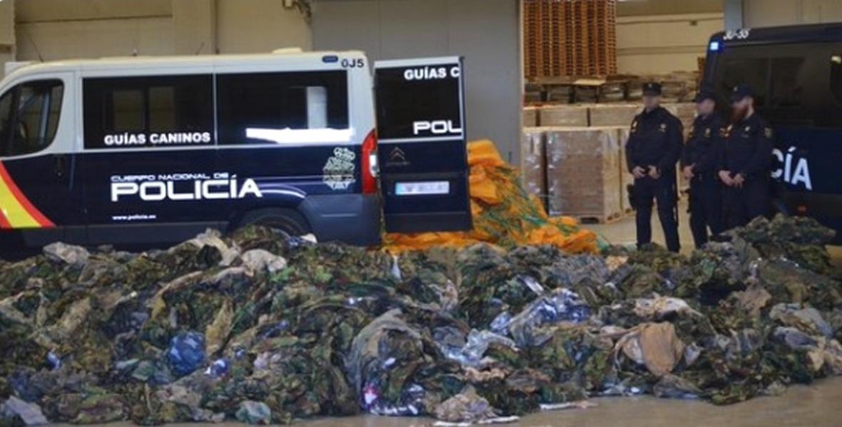 Španělská policie zabavila uniformy pro teroristy