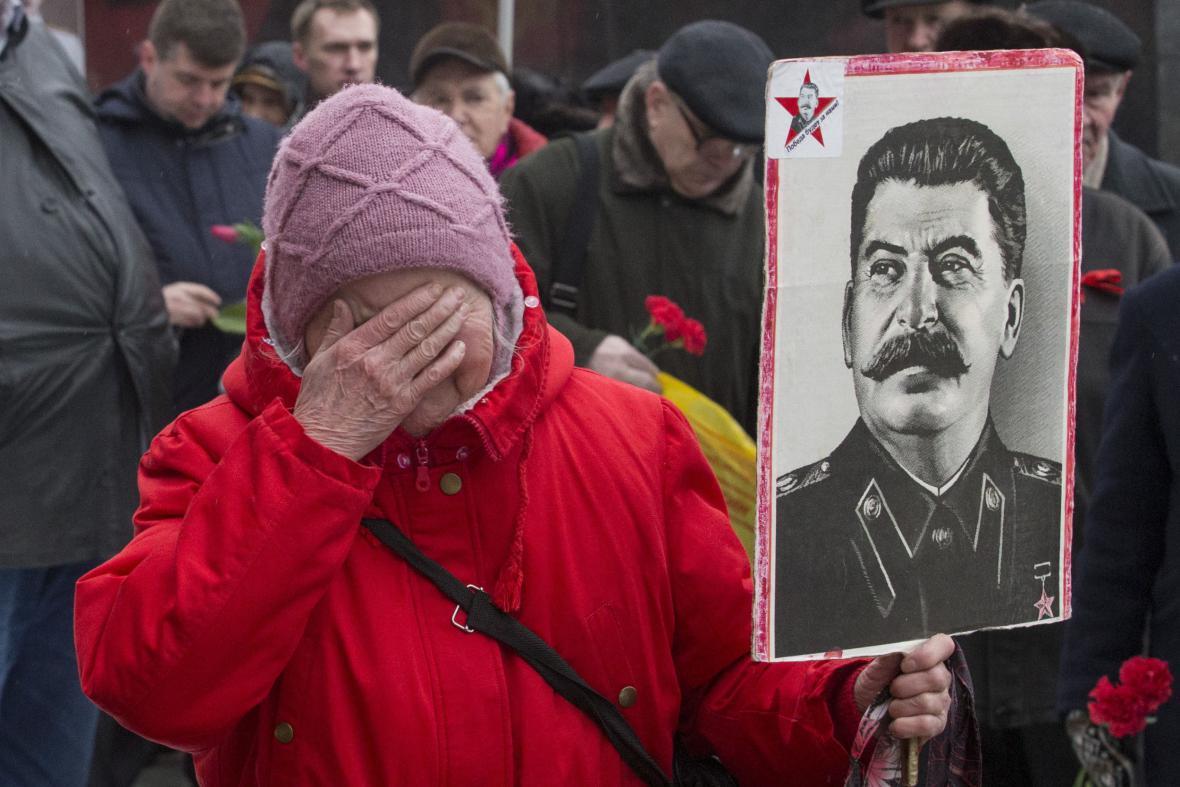 Shromáždění k výročí úmrtí Josifa Vissarionoviče Stalina