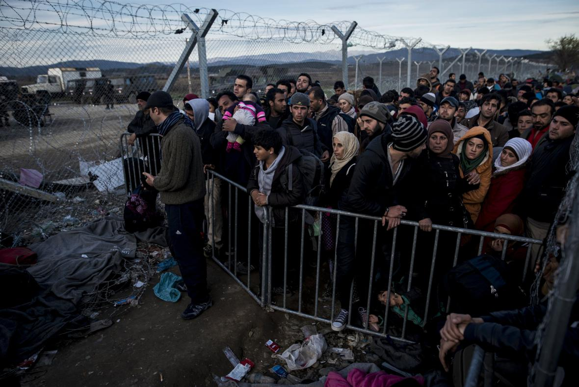 Uprchlíci na řecko-makedonské hranici