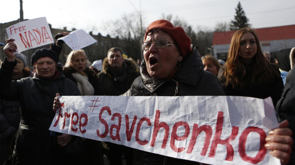 Demonstrace na podporu Savčenkové v Kyjevě