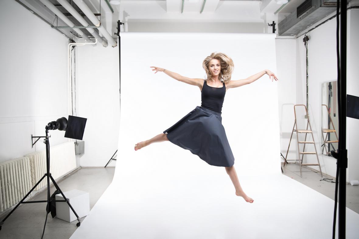 Gabriela Gunčíková při nahrávání klipu I Stand
