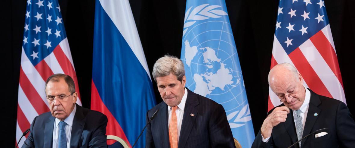 De Mistura se ministry zahraničí Lavrovem a Kerrym