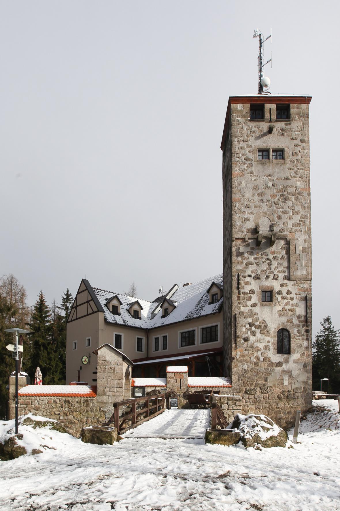 Rozhledna a restaurace Liberecká výšina