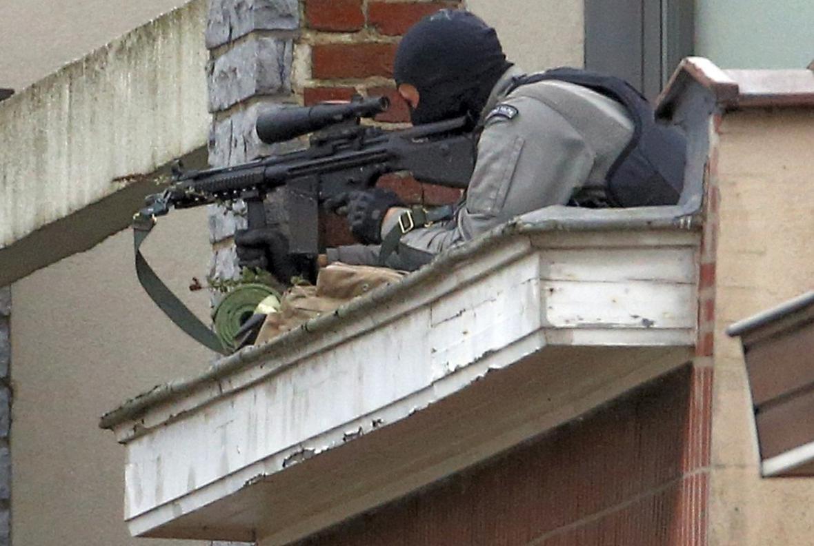 Policejní zásah na předměstí Bruselu