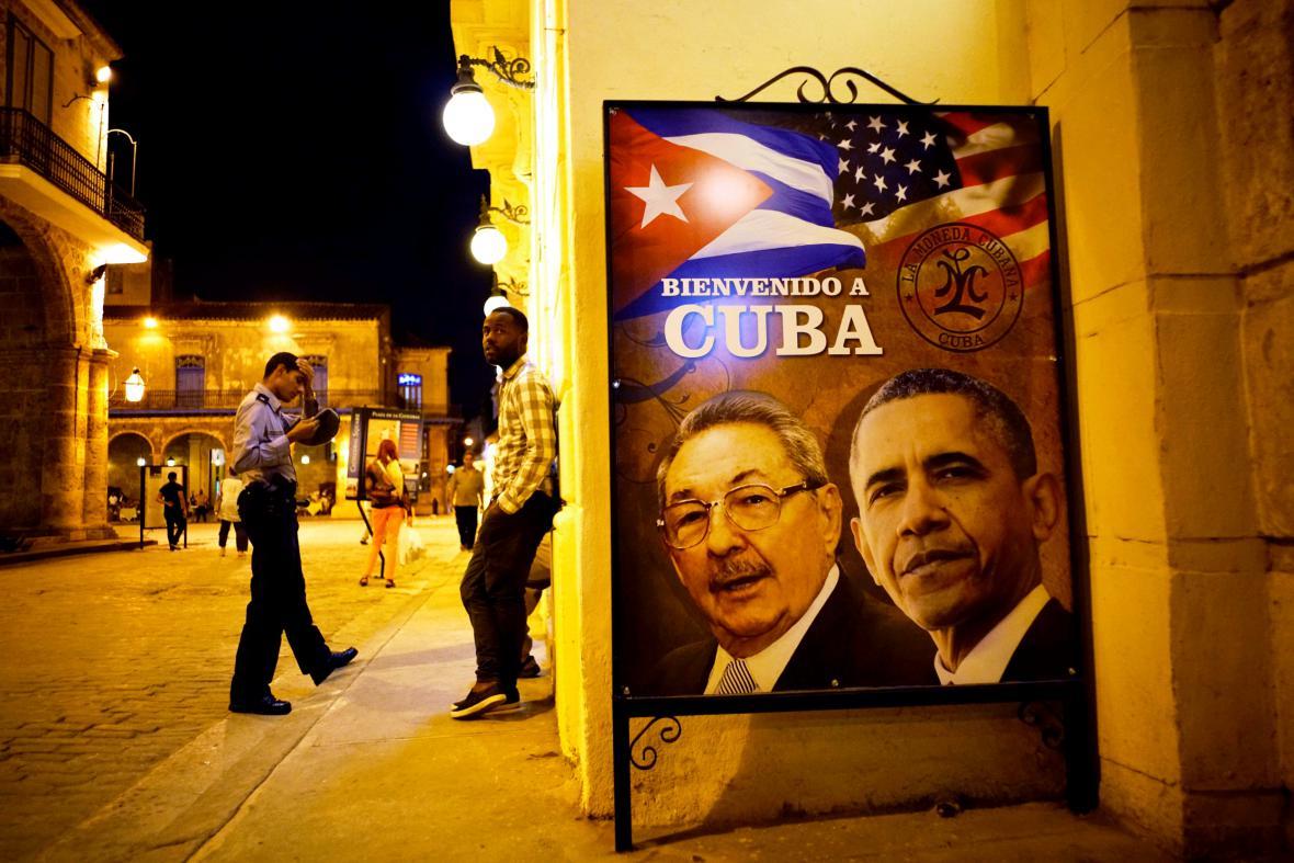 Plakát v ulicích Havany vítající amerického Baracka Obamu