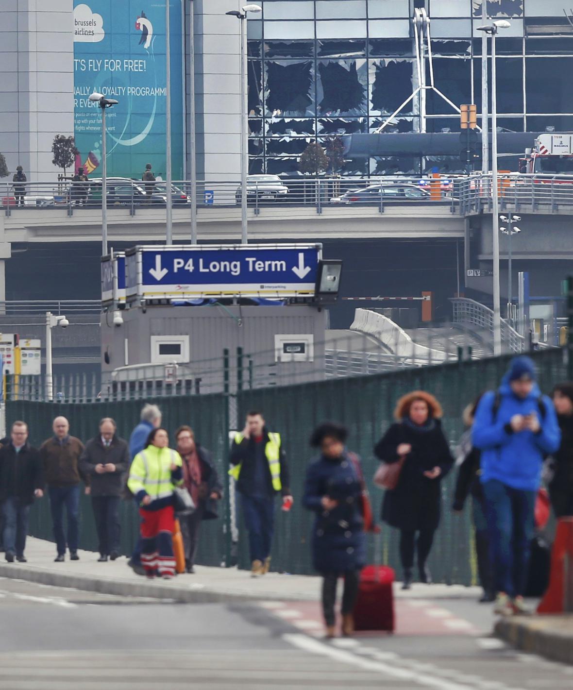 Bruselské letiště Zaventem po výbuchu