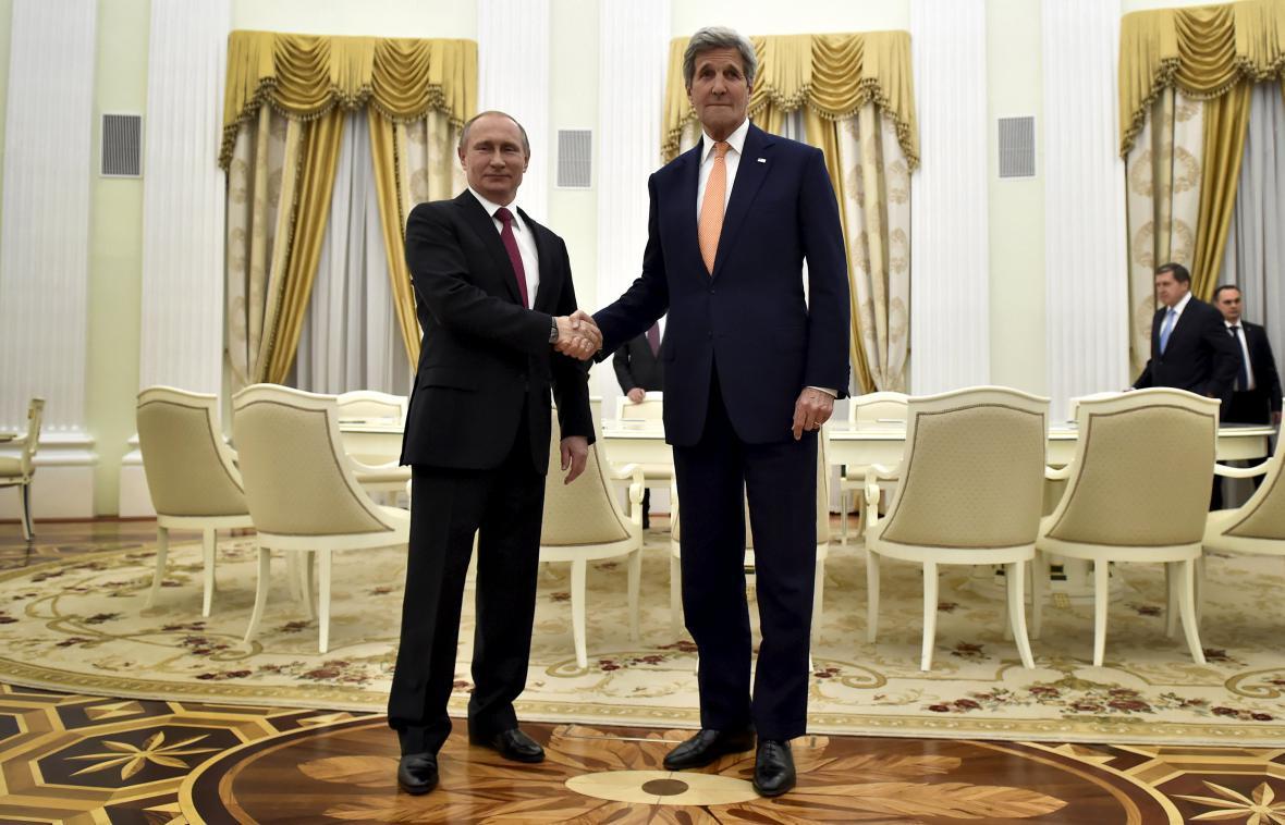 Kerry se v Moskvě sešel i s Vladimirem Putinem