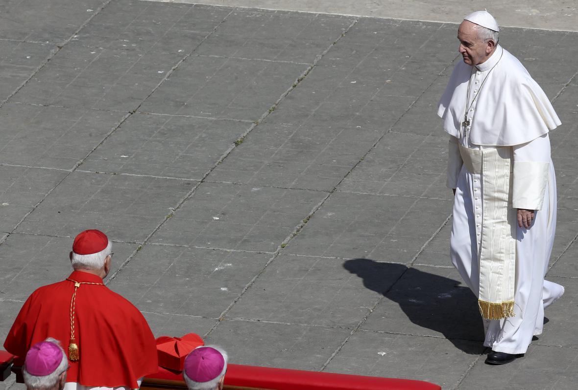Papež František po ukončení velikonoční mše