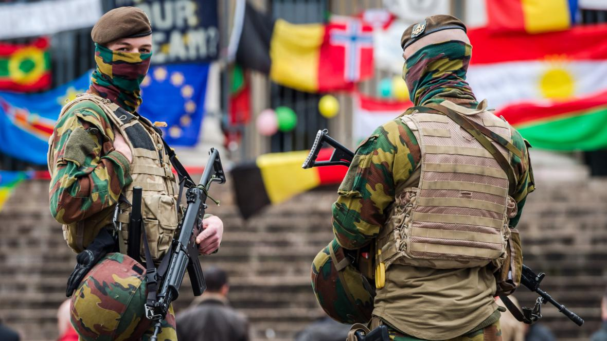 Brusel po sebevražedných útocích