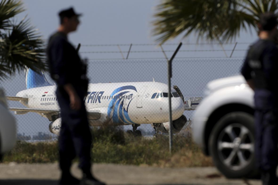 Únos egyptského airbusu