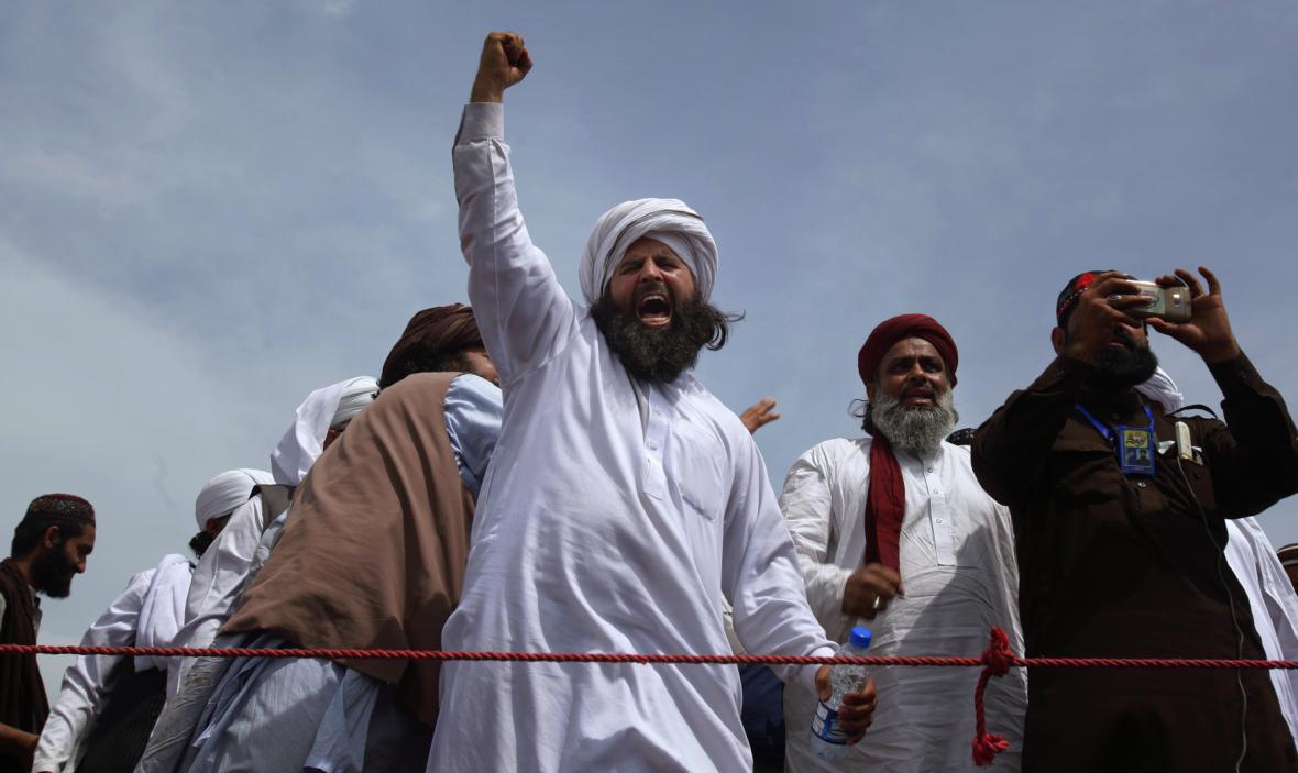 Protestující islamisté