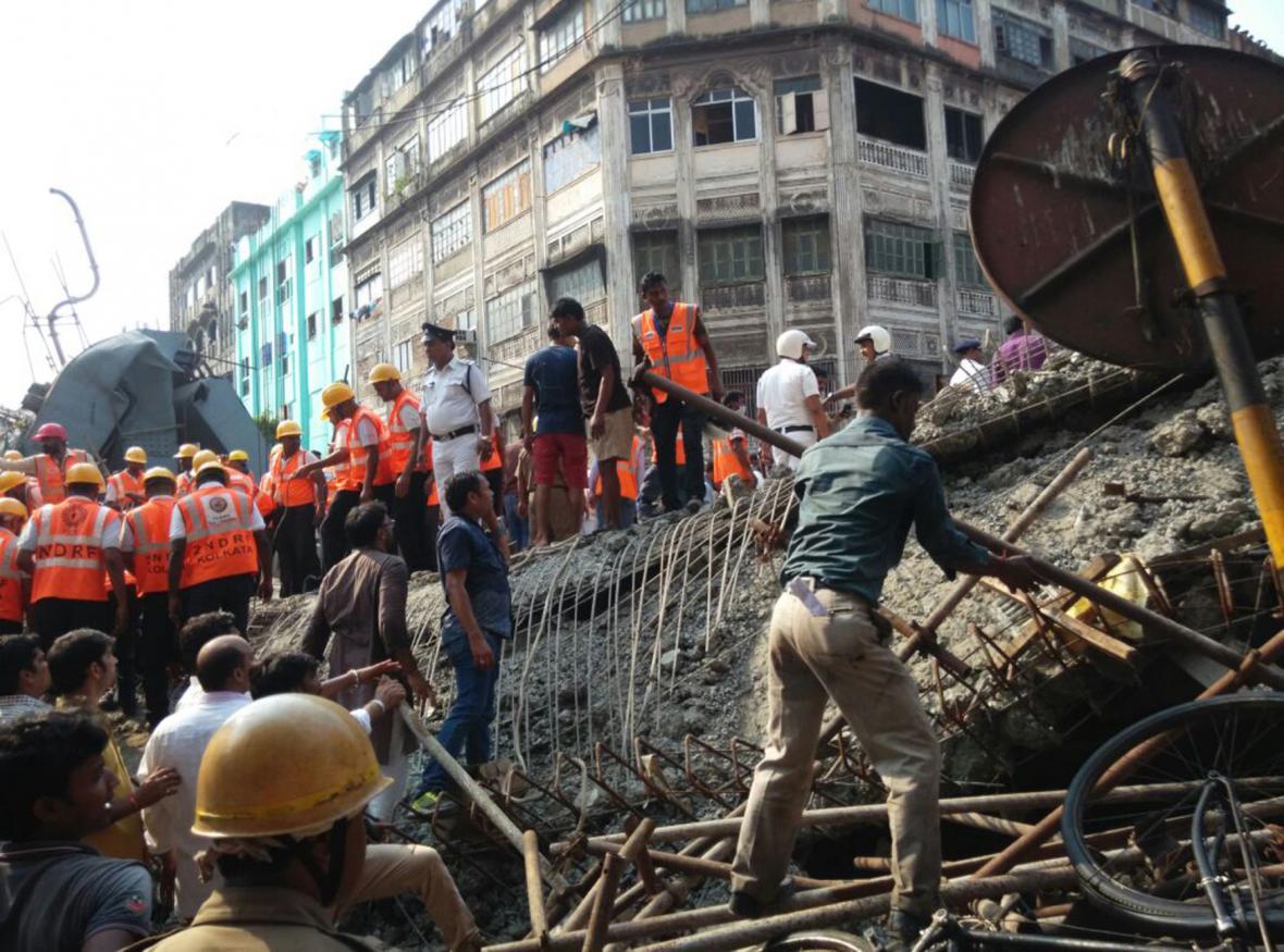 Pád most v Kalkatě