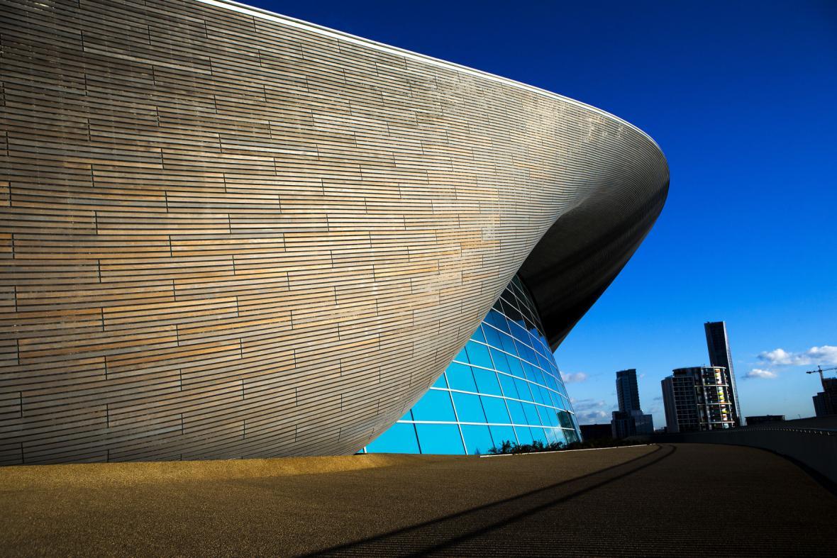 Vodní centrum v Londýně (architekta: Zaha Hadid)