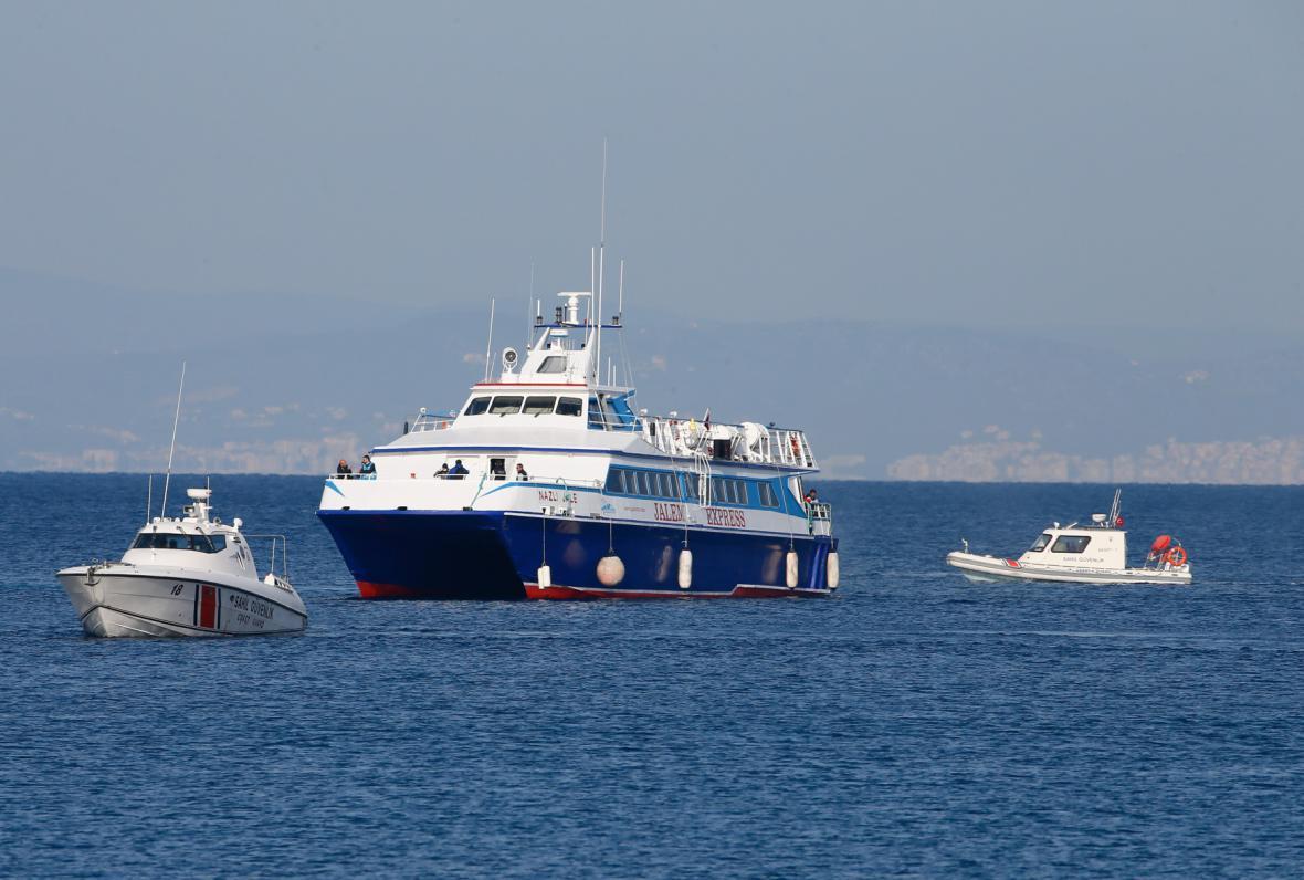 Řecko začalo vracet běžence do Turecka