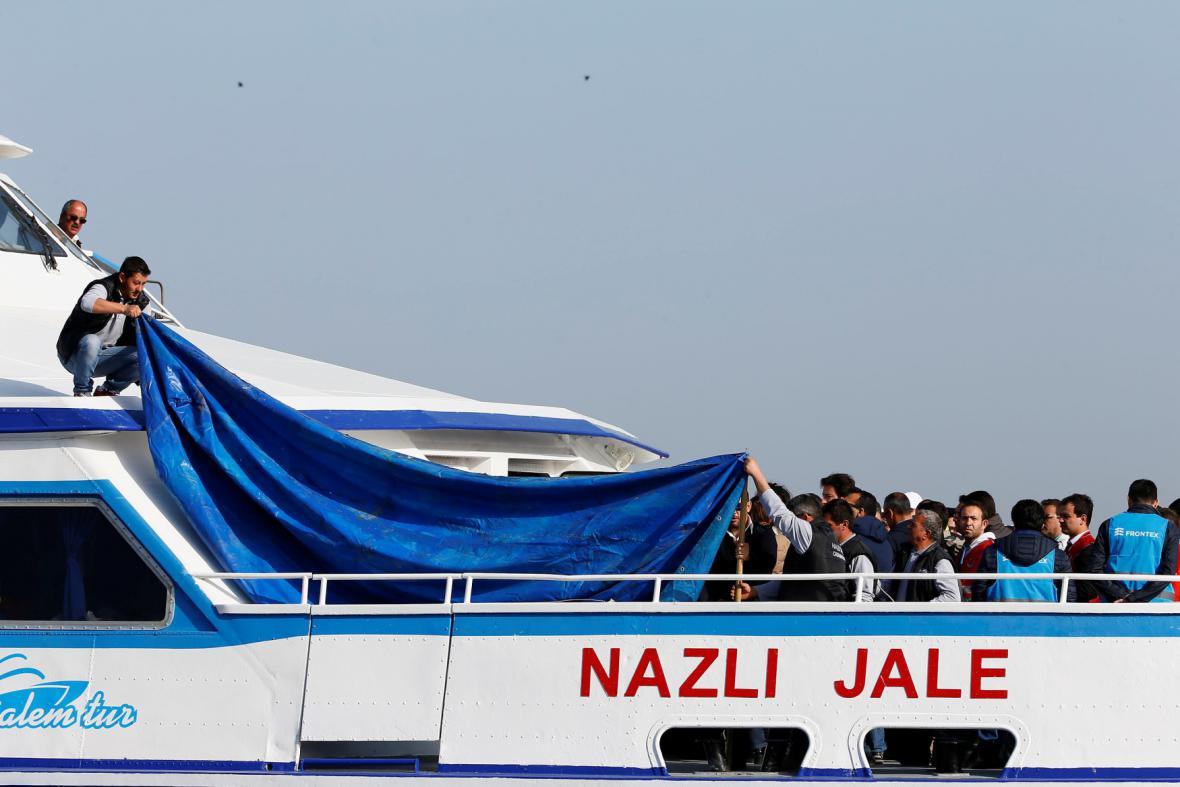 Migranti vrácení do Turecka