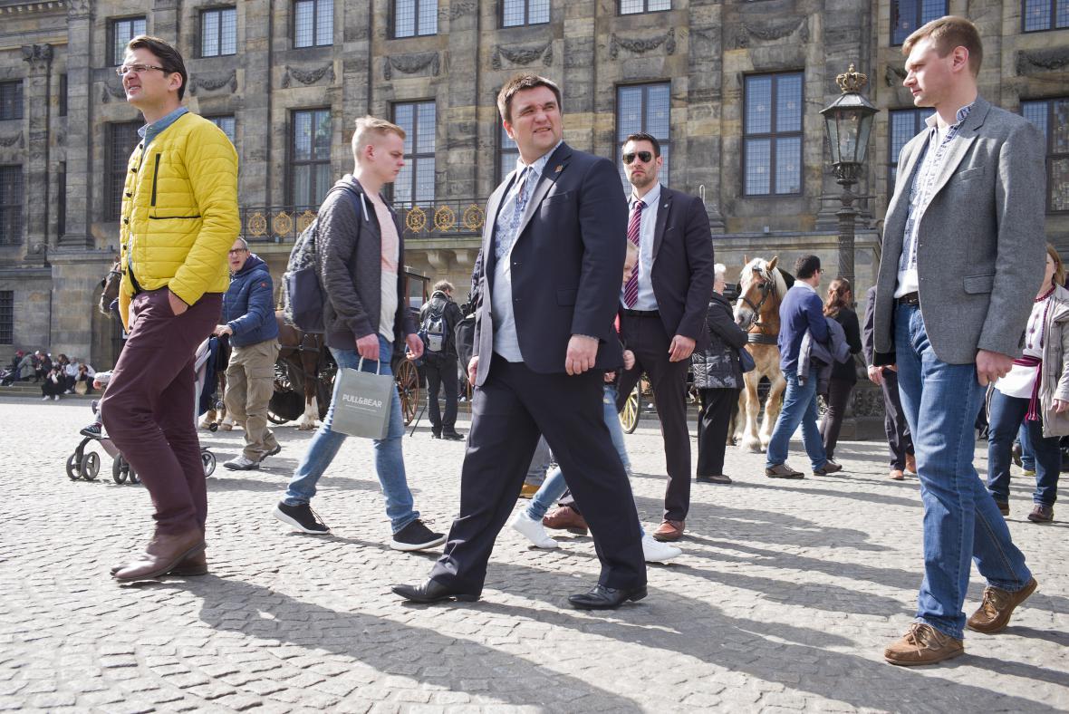 Do Amsterdamu přijel podpořit dohodu i ukrajinský ministr zahraničí Pavlo Klimkin
