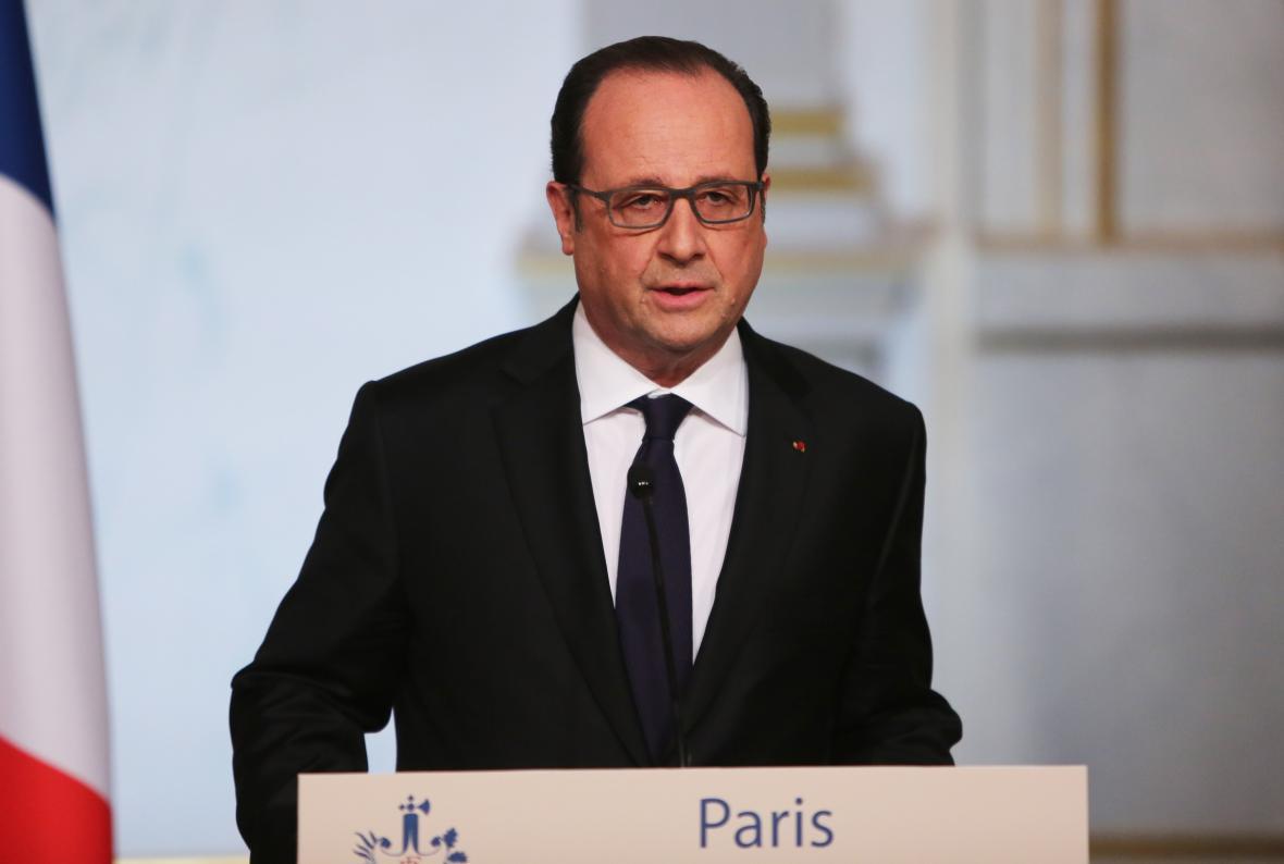Podle francouzského prezidenta Françoise Hollanda návrh ústavy neměl dostatečnou podporu