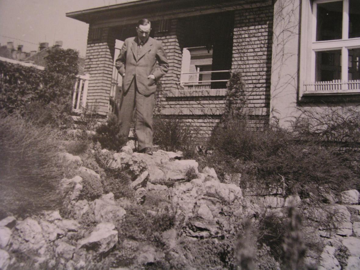 Karel Čapek a jeho zahrada