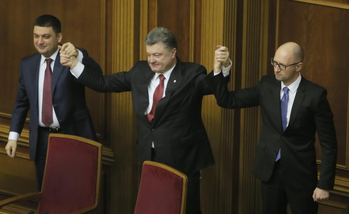 Volodomyr Hrojsman, Petro Porošenko a Arsenij Jaceňuk