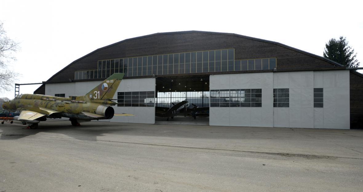 V hangárech se koncem dubna otevře nová expozice leteckého muzea