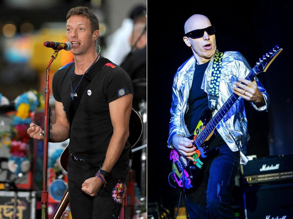 Zleva: Chris Martin a Joe Satriani