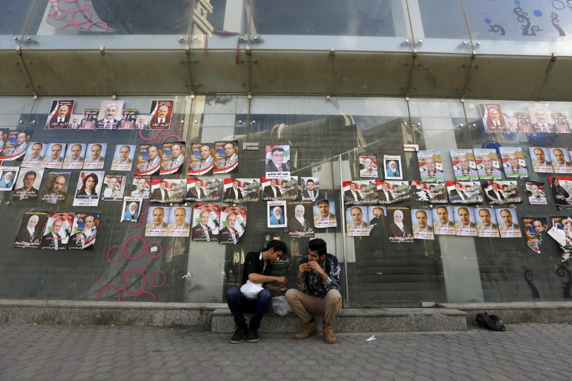 Ulice Damašku pokryly plakáty kandidátů