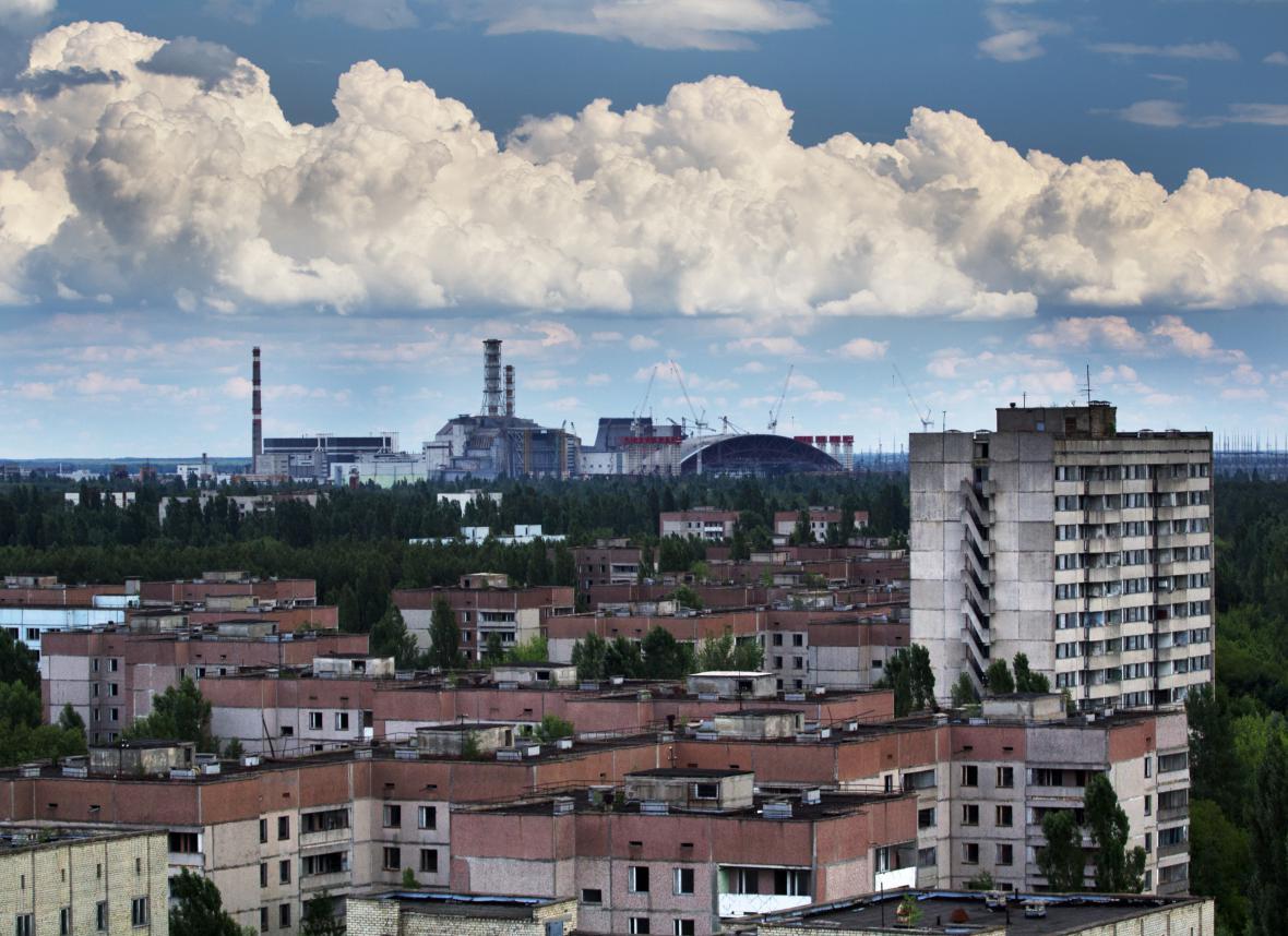 Ukrajinská Pripjať neblo město duchů