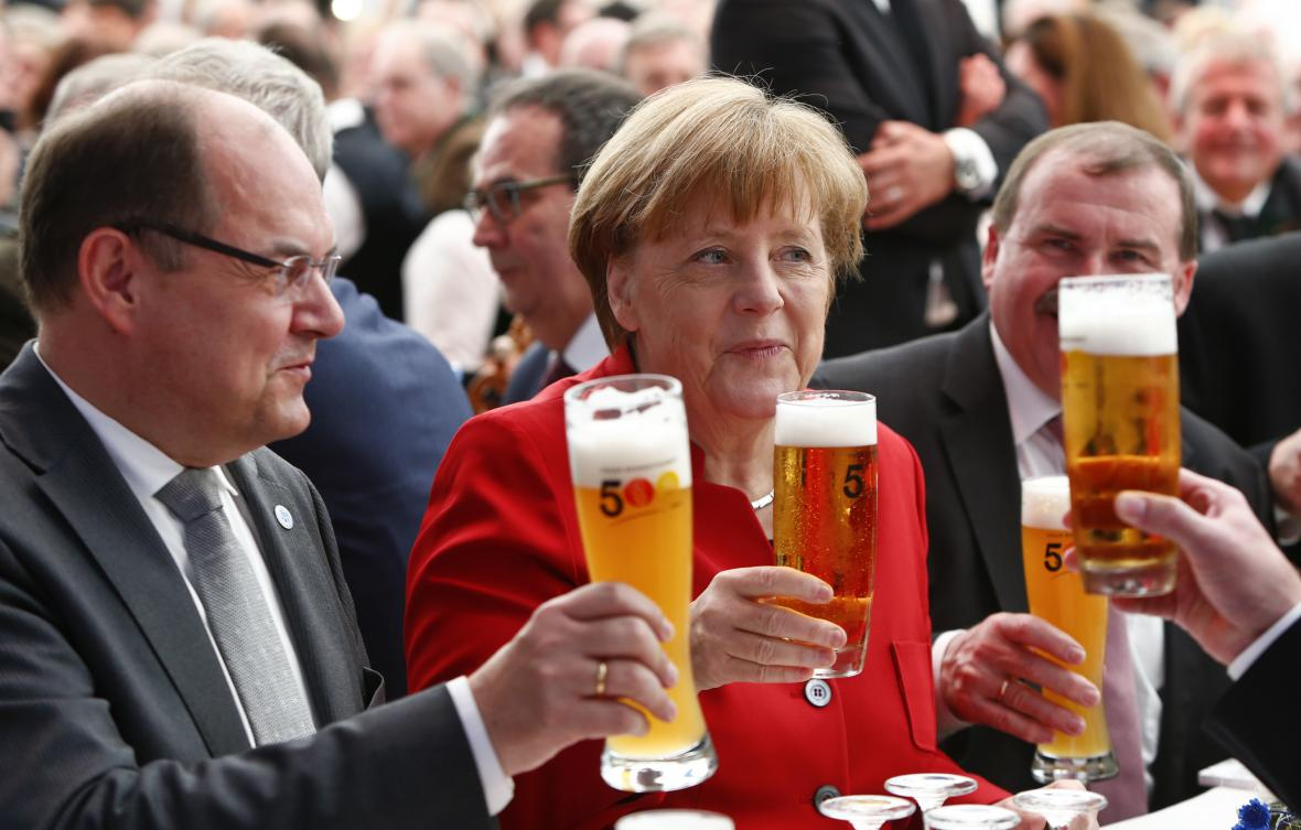Kancléřka Merkelová na oslavách výročí pivovářečné normy