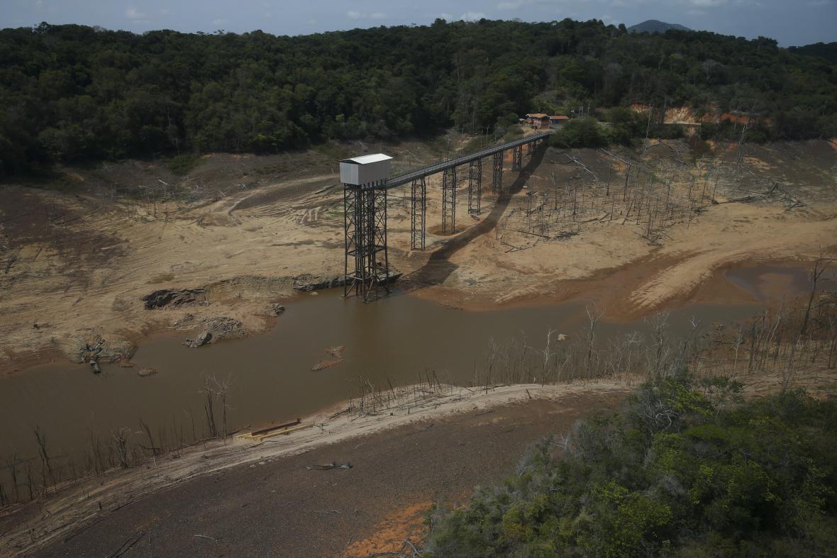 Venezuelu sužuje rekordní sucho