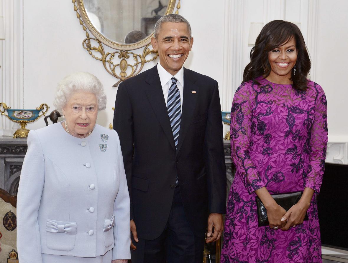 Britská panovnice s americkým prezidentským párem