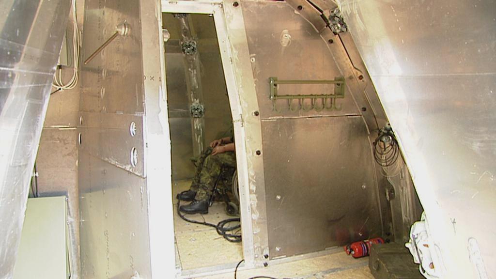 Vnitřek mobilního bunkru