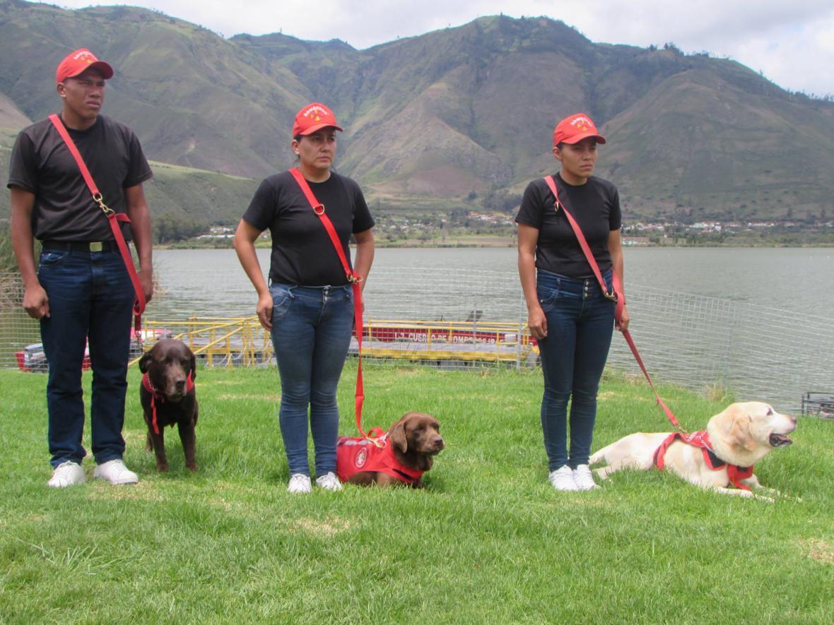 Pieta za evkvádorského psího hrdinu Dayka
