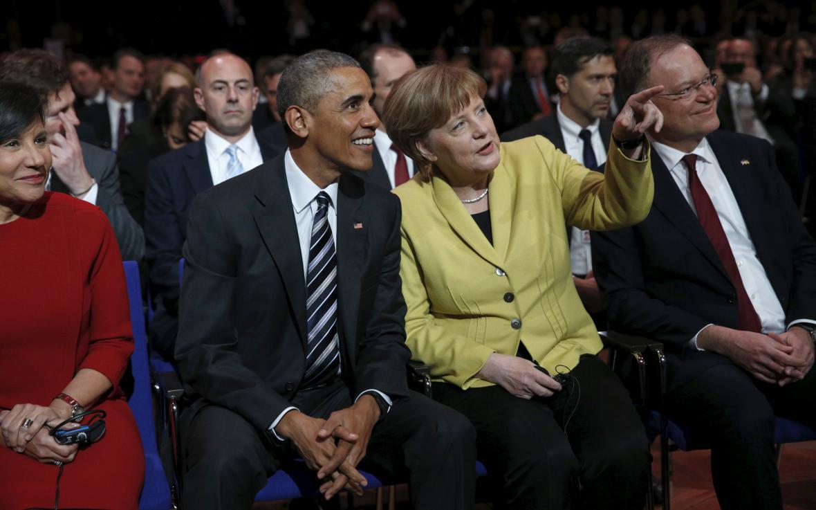 Obama a Merkelová na hannoverském veletrhu