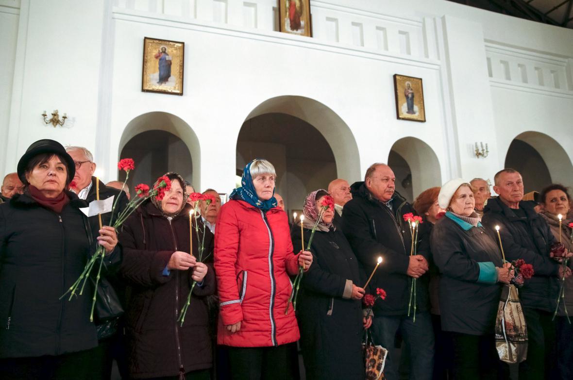 Lidé si v Kyjevě připomněli 30 let od černobylské havárie