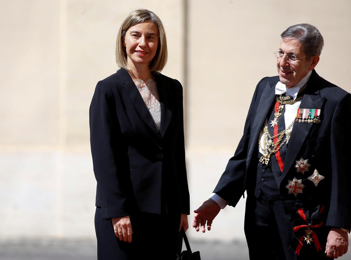 Federica Mogherini při příjezdu do Vatikánu
