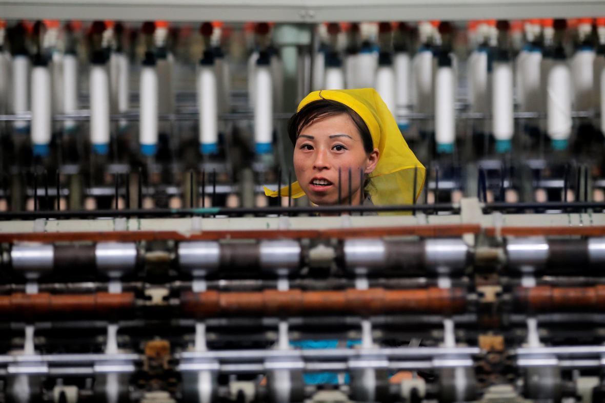 Textilka, kterou Severokorejci představili zahraničním novinářům