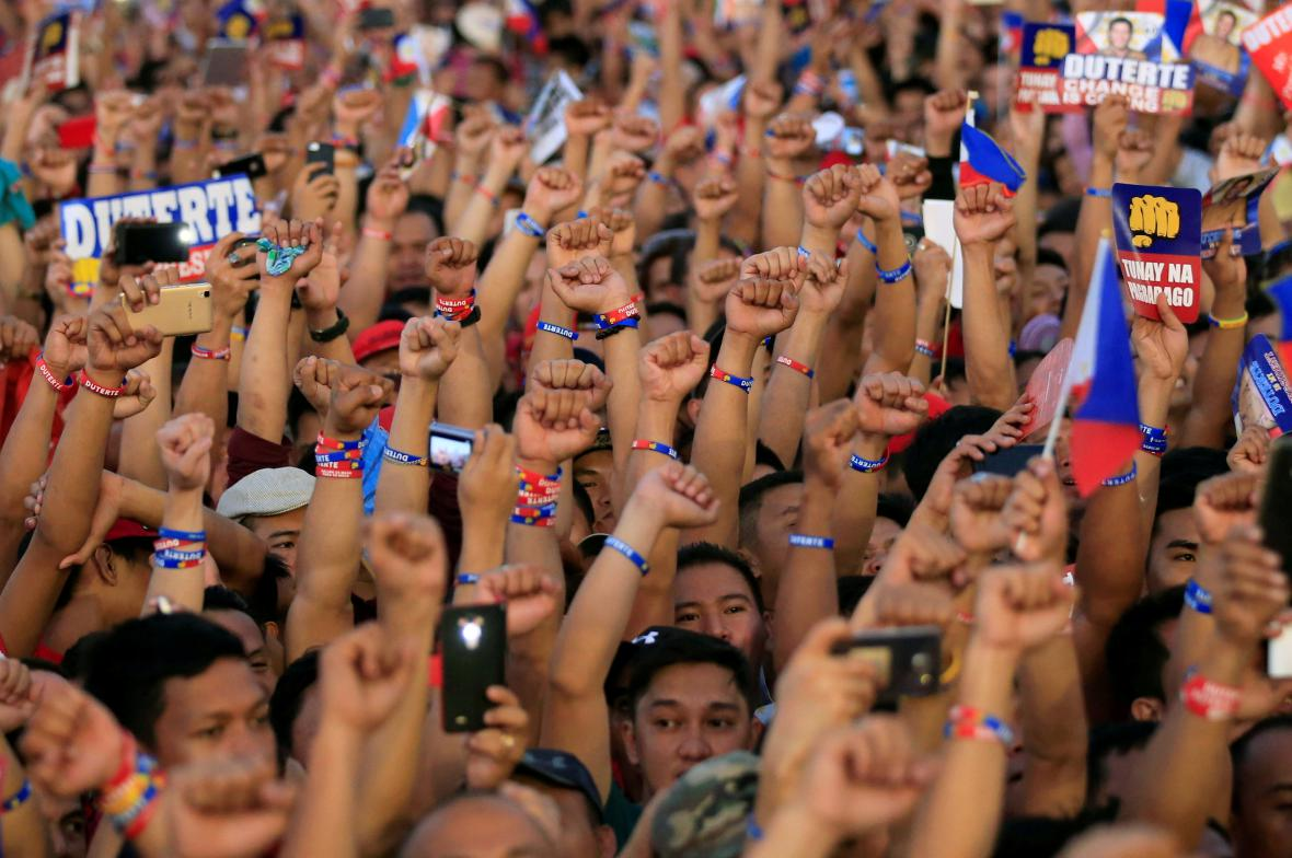 Příznivci Rodriga Duterteho