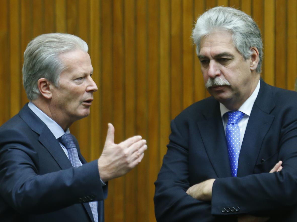 Mitterlehner s ministrem financí Schellingem