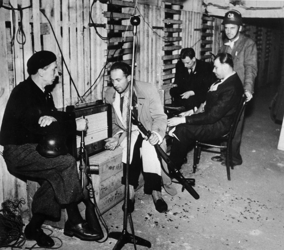 Úkryt rozhlasu v době Pražského povstání