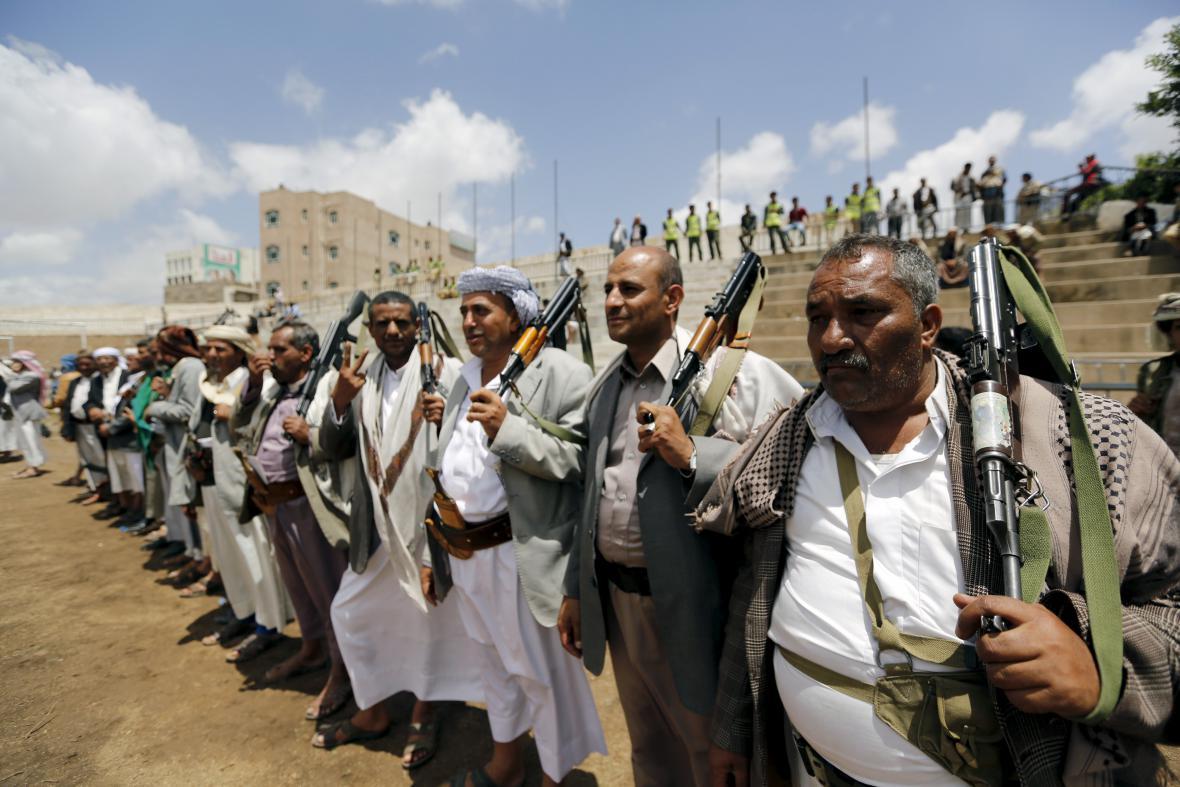 Bojovníci spříznění se šíitskou skupinou Hútíů