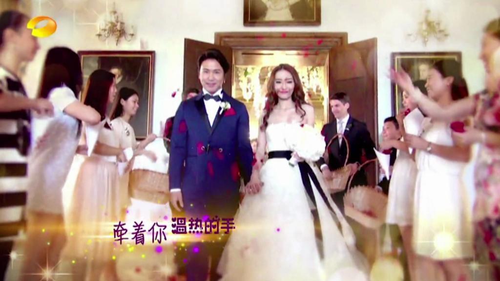Svatba slavného čínského moderátora v Lobkovickém paláci na Pražském hradě