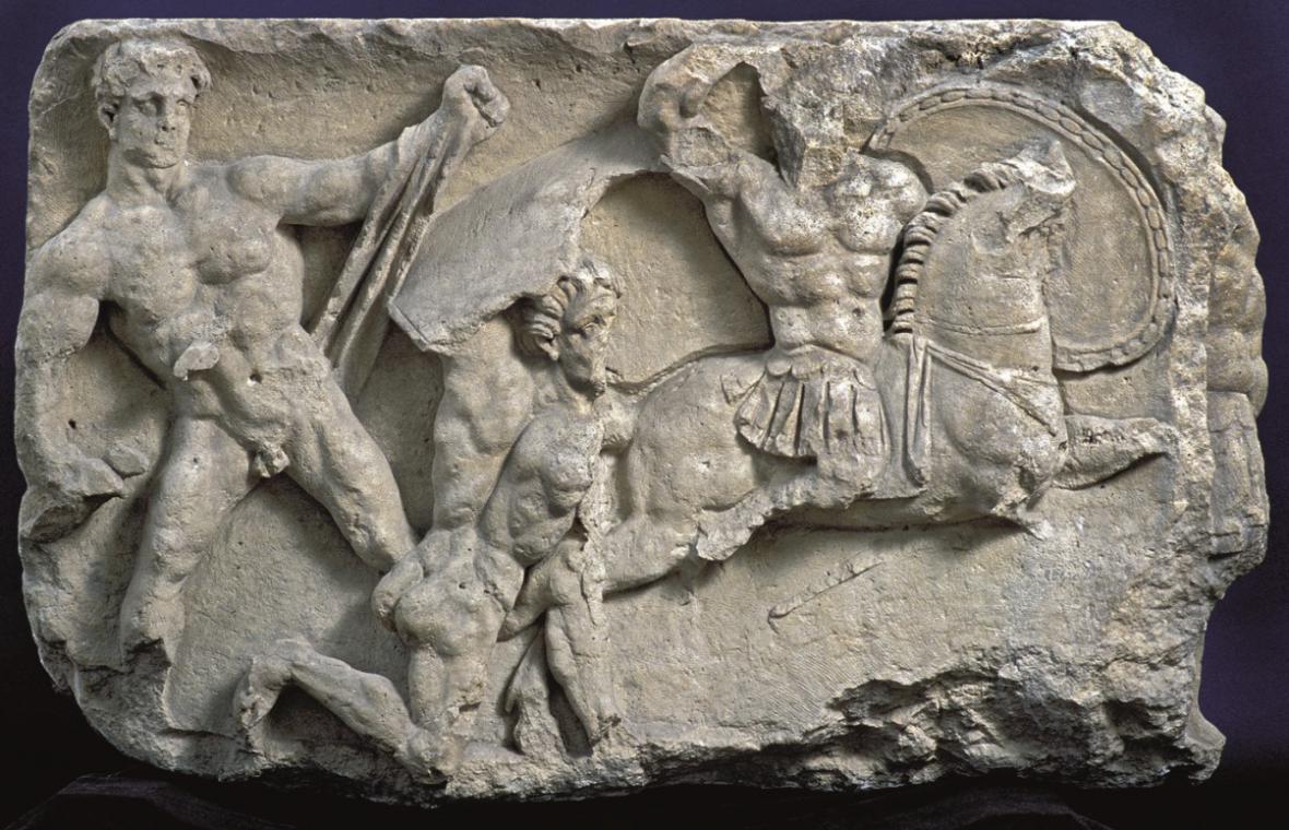 Kamenný reliéf, vítězný oblouk s bojovými scénami z povstávní Batavů a Treverů, 69/70 po Kr.