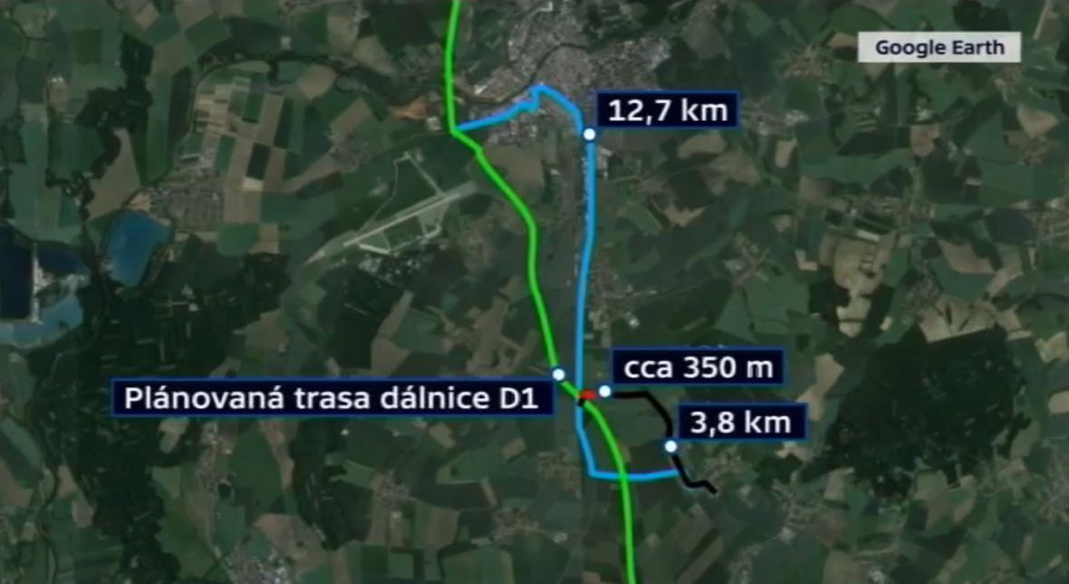 Lidé se mohl na dálnici napojit už za přibližně 4 kilometry. Podle rozhodnutí ŘSD budou muset jezdit 3x delší trasou.
