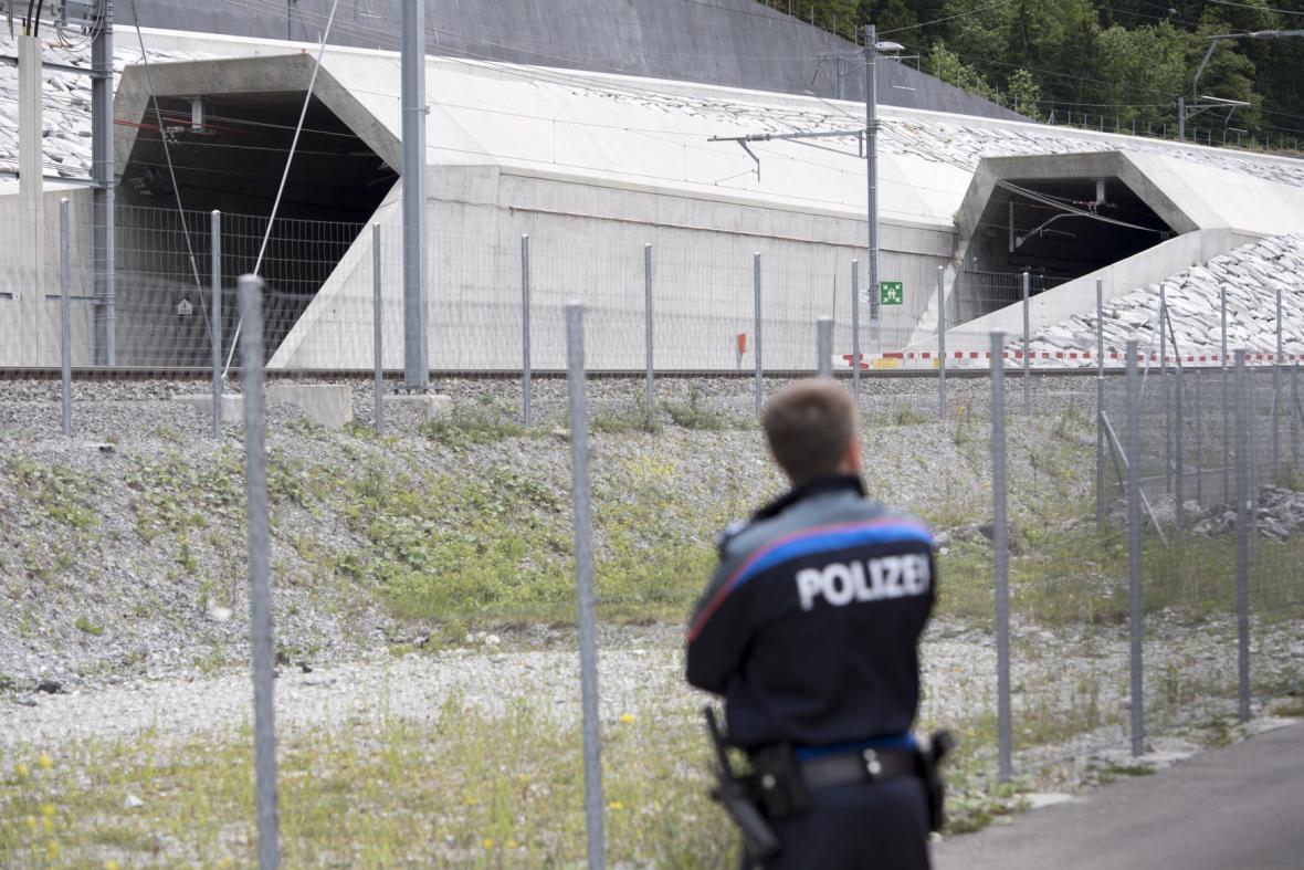 Gotthardský železniční tunel