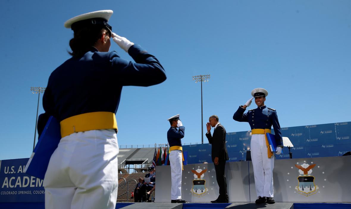 Ceremoniál na letecké akademii v Colorado Springs