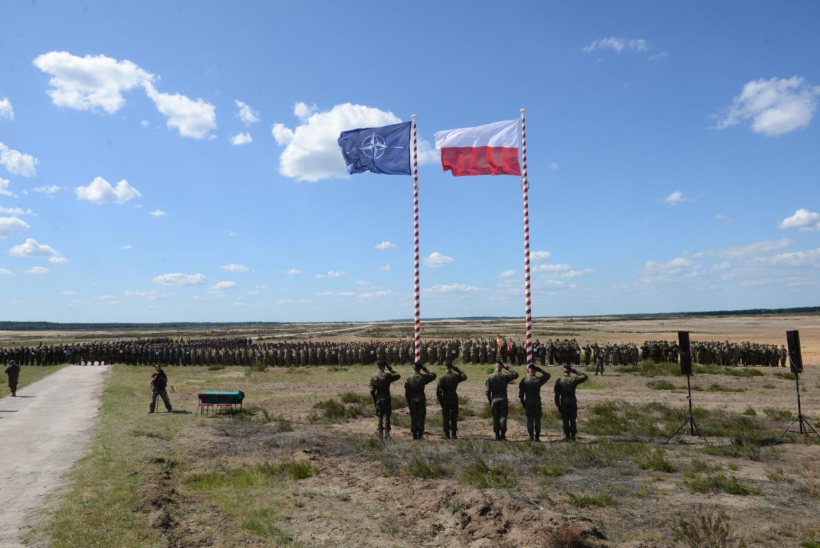 Cvičení Anakonda v Polsku se účastní desetitisíce vojáků