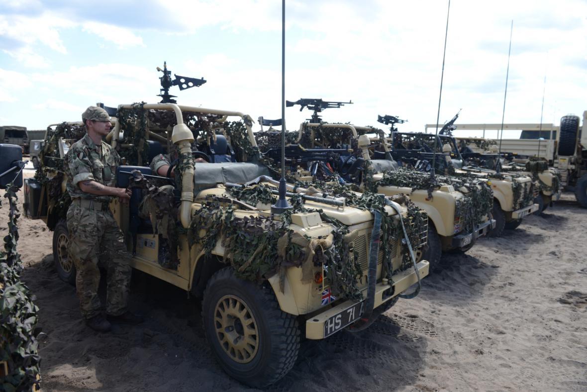 Rozsáhlé vojenské manévry v Polsku