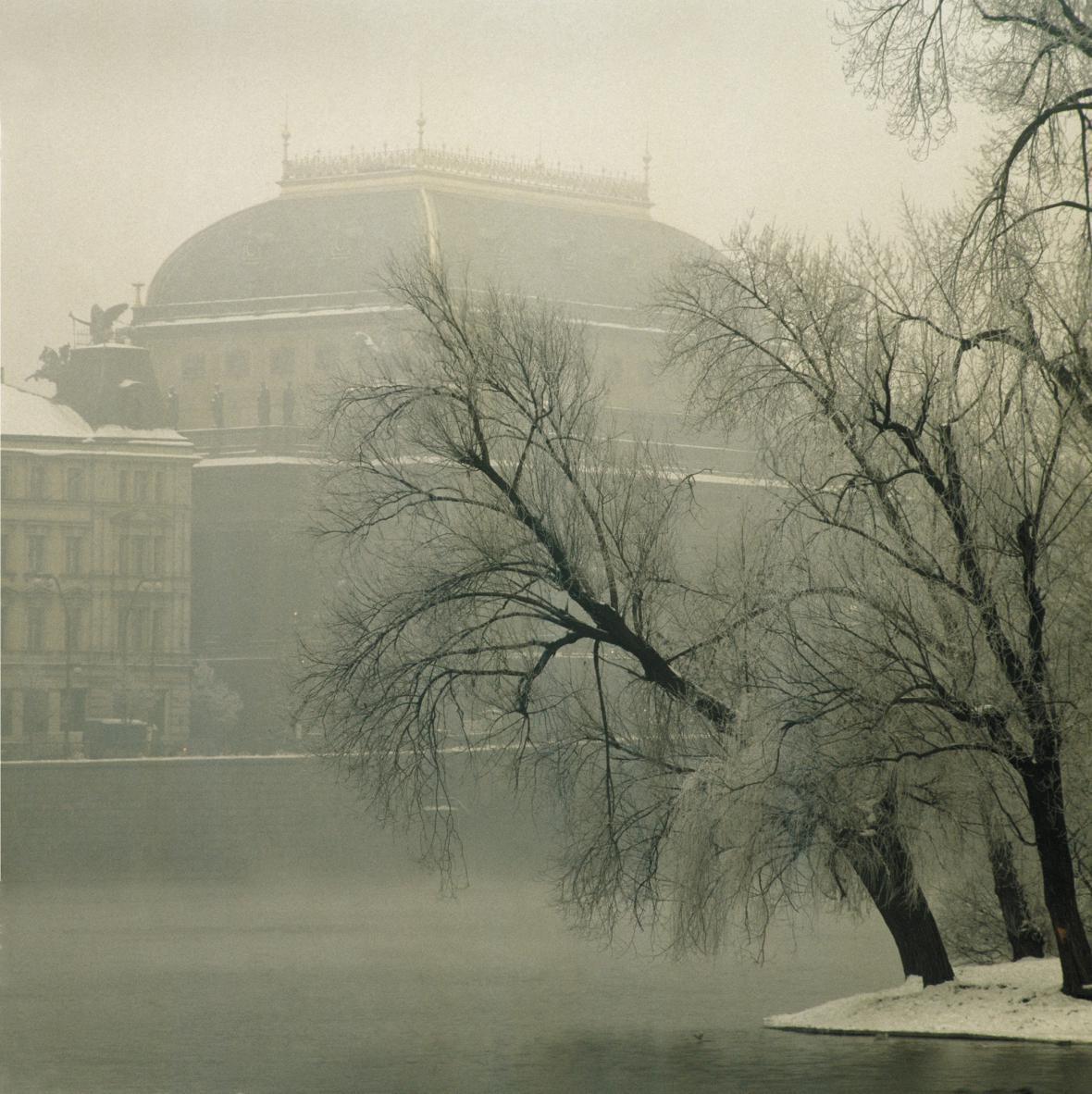 Fotografie Jiřího Všetečky (z knihy Praha světlem tvořená)