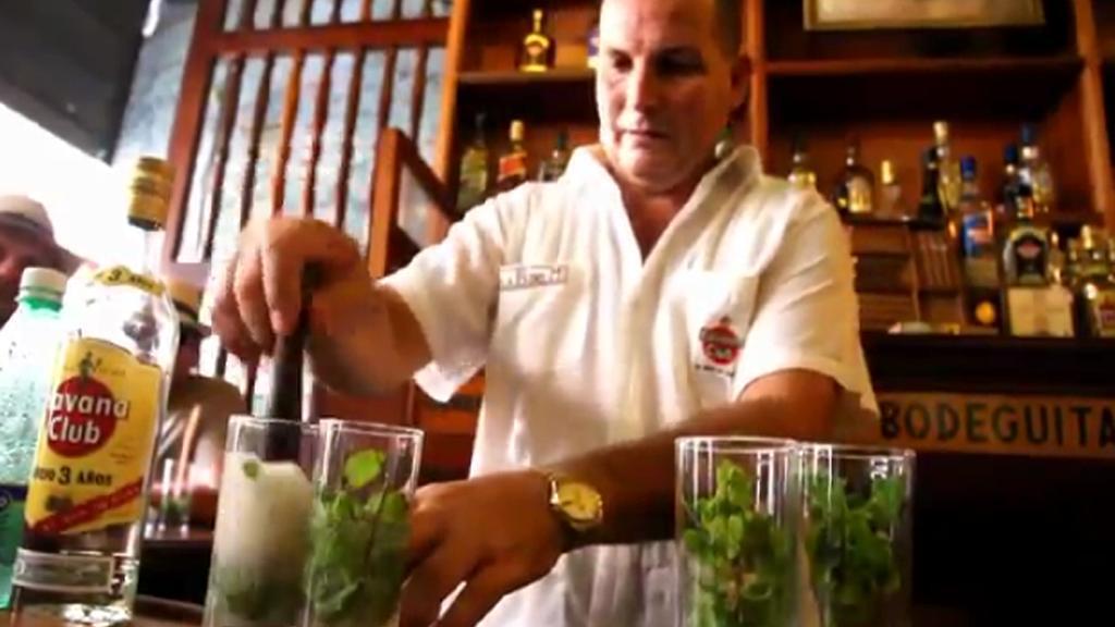 Láhev rumu Havana Club určená pro trhy mimo USA