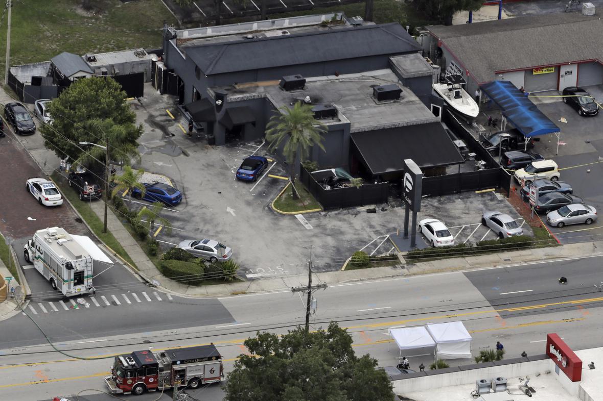 Noční klub na Floridě, kde došlo ke střelbě